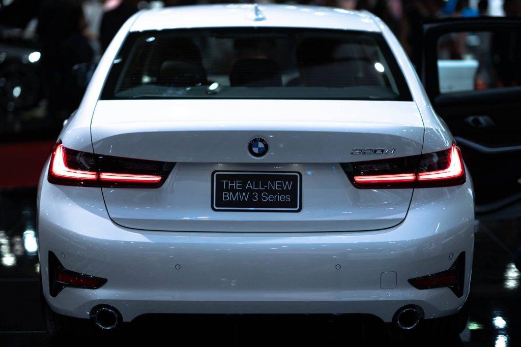 ราคา BMW Series 3 2019 บีเอ็มดับเบิลยู ซีรี่ส์ 3 ใหม่ตาราง-ผ่อนดาวน์
