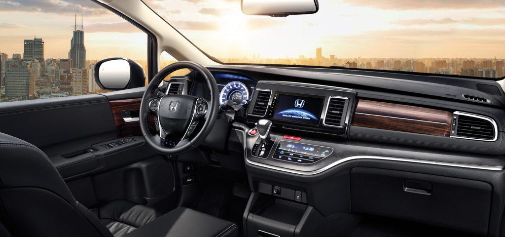 Honda Elysion ขนาด 7 ที่นั่ง ราคา 1.10 ล้านบาทในจีน ...